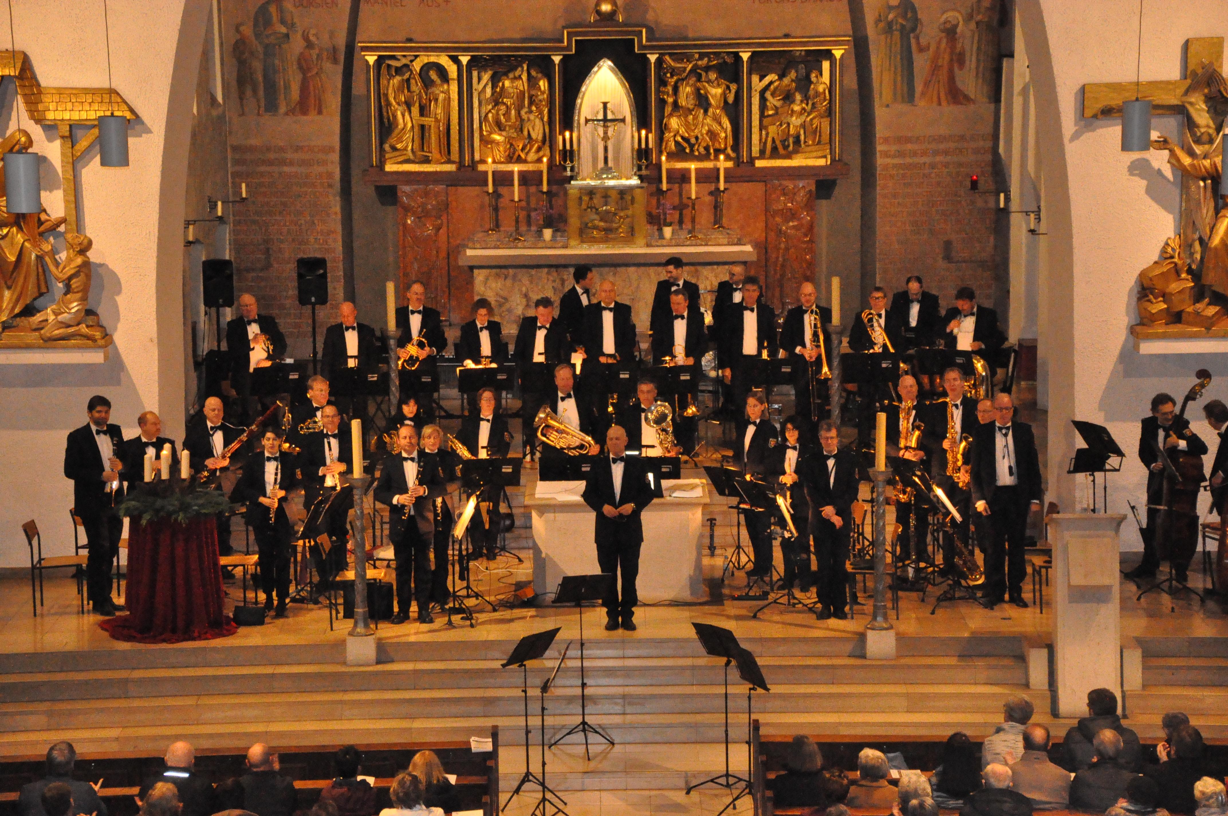 Landespolizeiorchester Rheinland-Pfalz mit Dirigent Christian Küchenmeister